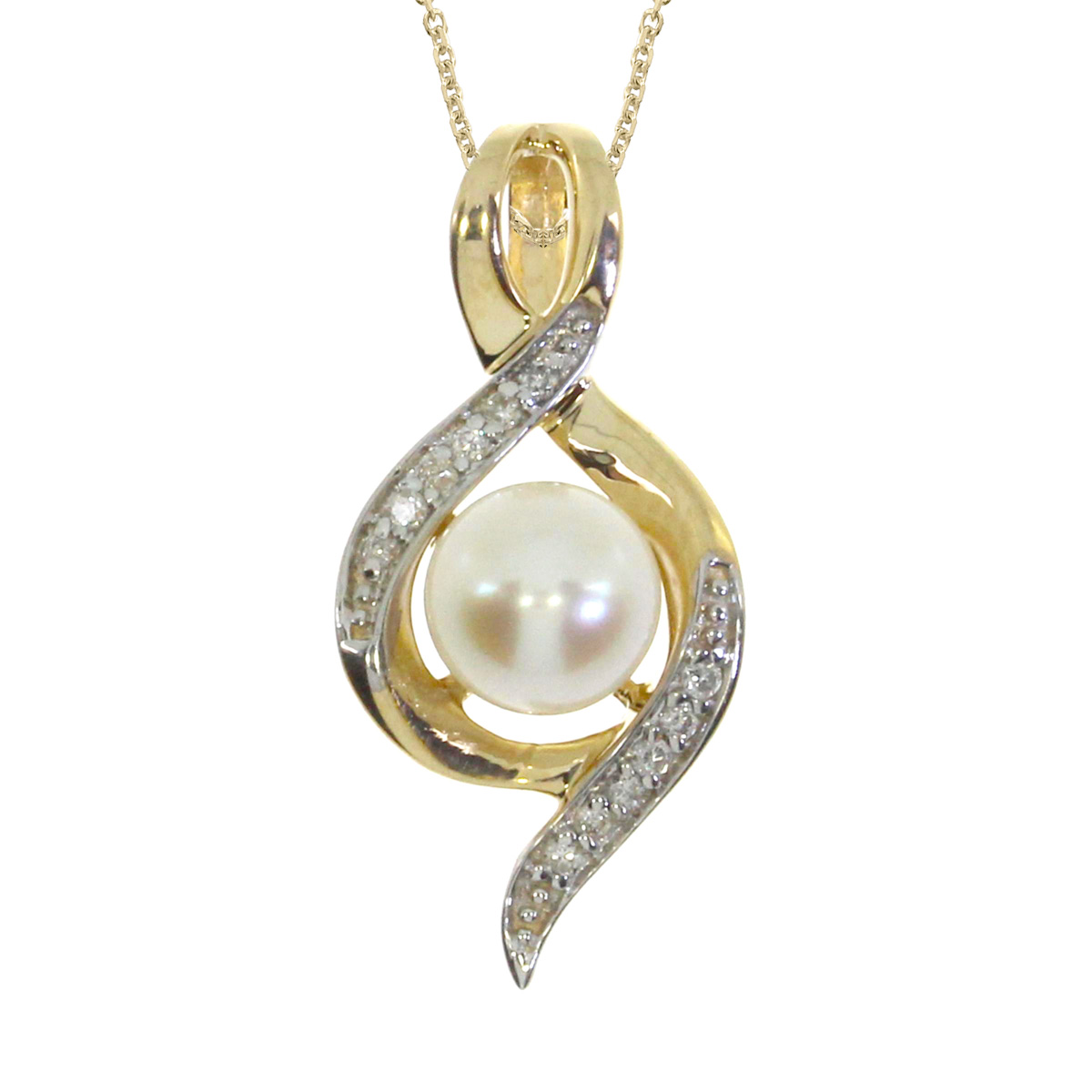 Gorgeous 14k yellow gold fashion pendant with an elegant 6 mm pearl and shimmering diamonds set in 14k yellow gold.